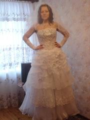 продам свадебный наряд,  недорого